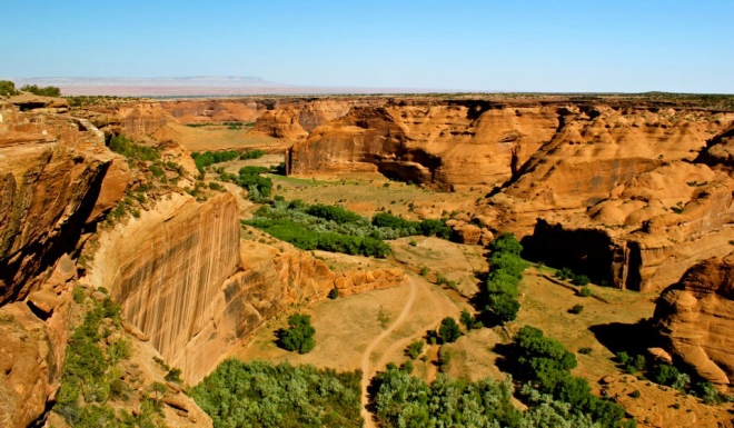 Looking out over Canyon de Chelly before hiking down.