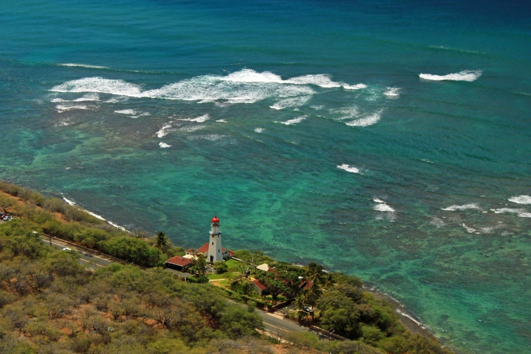 Overlooking Diamond Head lighthouse.