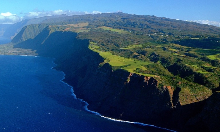 Molokai - photo courtesy of http://traveltoparadise.com/molokai/worlds-highest-sea-cliffs-on-molokai-hawaii/#prettyPhoto