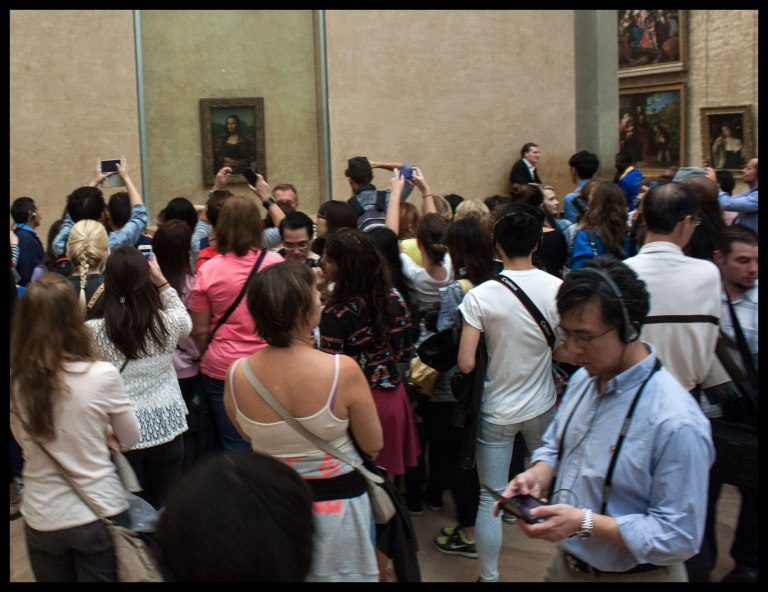 The crowd around the Mona Lisa. This was around 7pm on a Friday night.