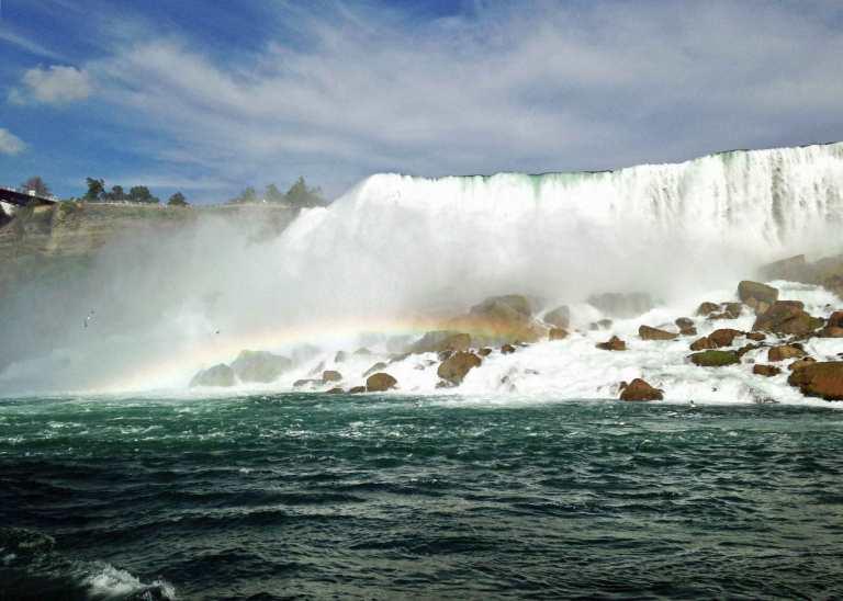 Insane boulder pileups at the base of the American falls.