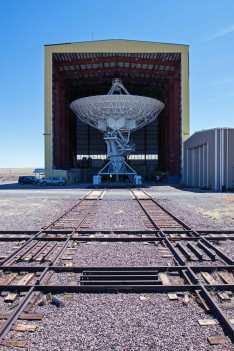 Antenna under maintenance.
